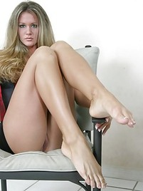 milf legs porn Watch hot MILF legs pics featuring sexy nude moms getting fucked.
